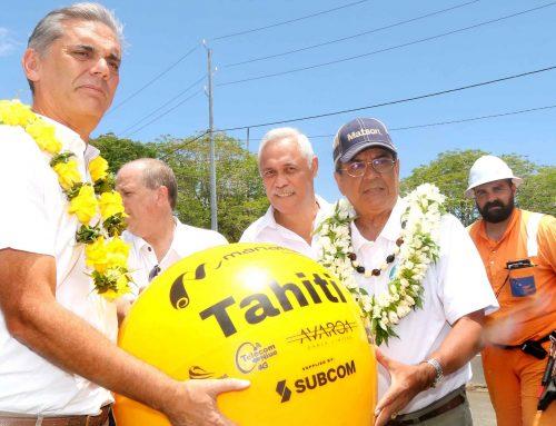 Cérémonie d'atterrage du câble sous-marin Manatua à Toahotu
